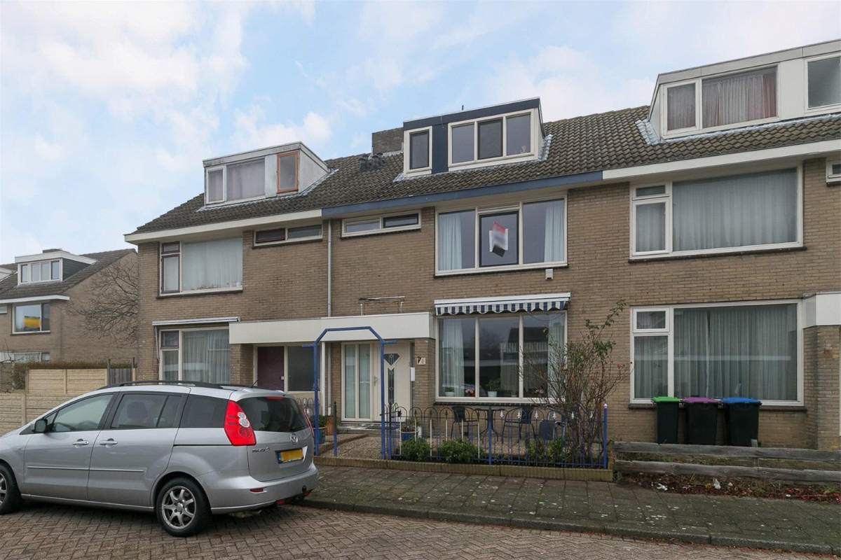 Een foto van Castorstraat 6, Hoogvliet