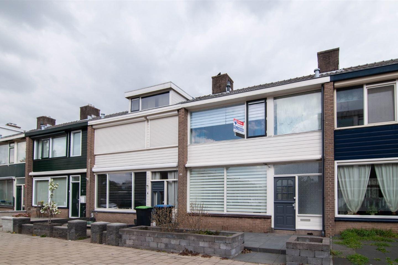 Een foto van Dahliastraat 8, Hoogvliet