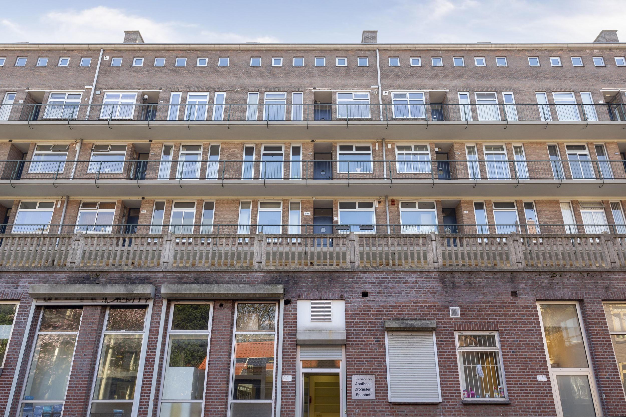 Een foto van Herman Robbersstraat 60C, Rotterdam